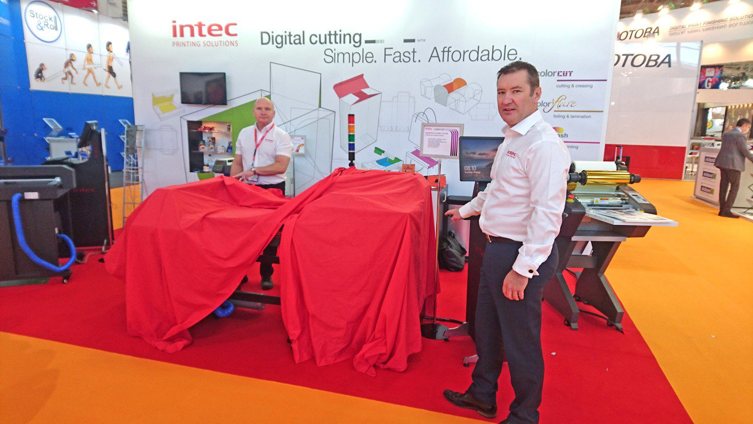 FB8000PRO Unveiled at FESPA '19