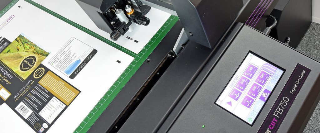 Intec ColorCut FB750 flatbed cutter