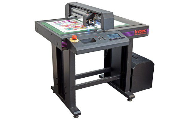 Intec ColorCut FB750 B2 flatbed cutter