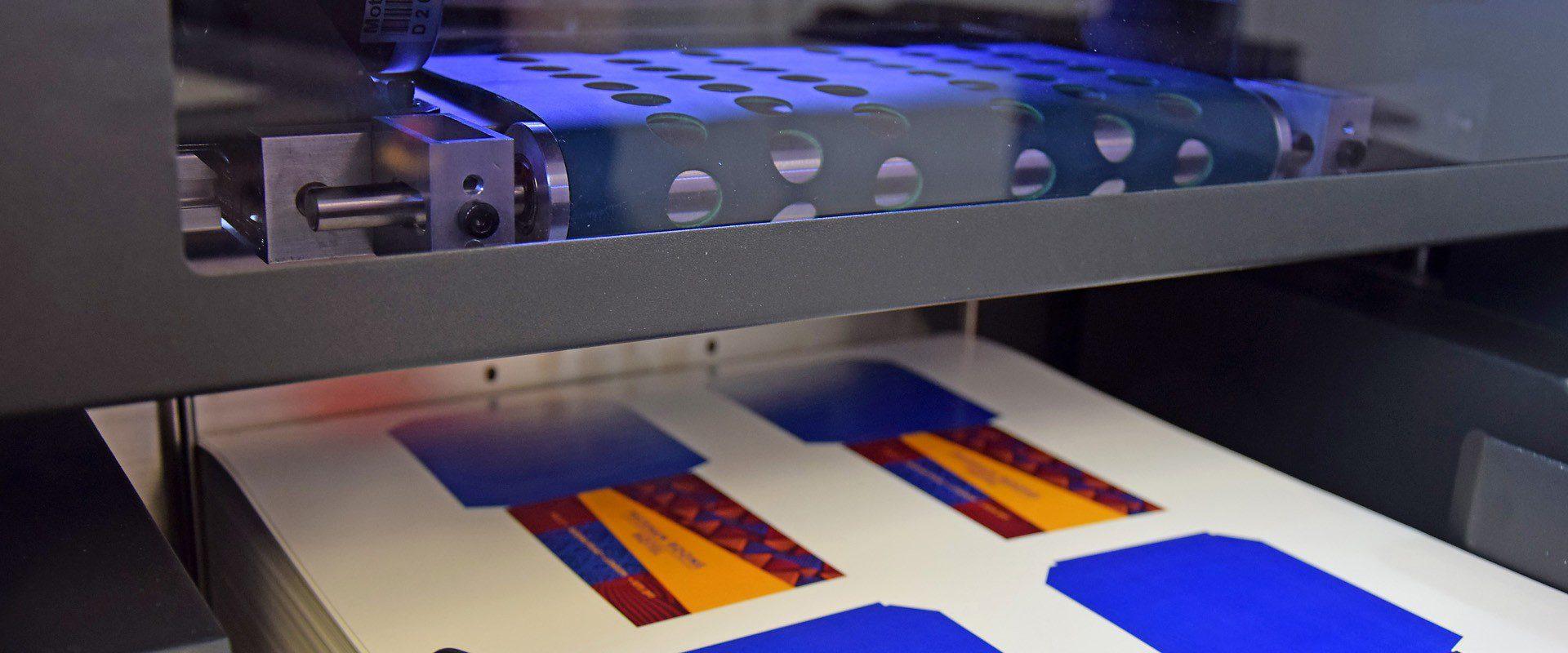 ColorCut SC5000 suction media pick up